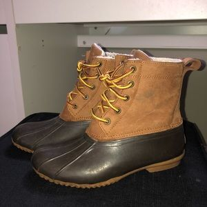 Field and stream duck boots/bean boots